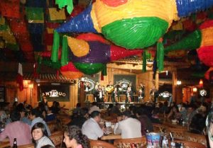 Art1-Batch#7263-Kw1-Bar mariachis Bogotá